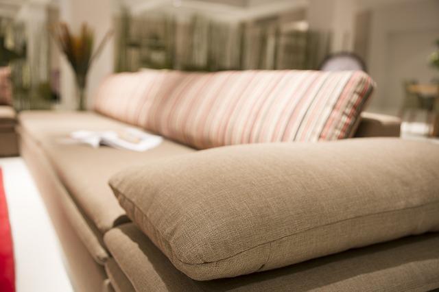 Quel couleur choisir pour son canapé ?
