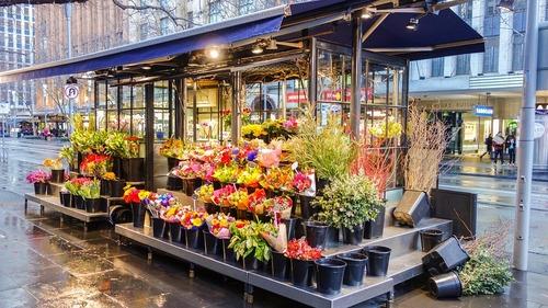 Quelles sont les fausses idées courantes sur les ventes de fleurs en ligne ?